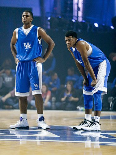 Hot College Basketball Players - March Madness NCAA Bracket 2014 - Seventeen. Aaron and Andrew Harrison rated #3-4.  KY had four guys on the list. More than any other school. Oh yeah!!