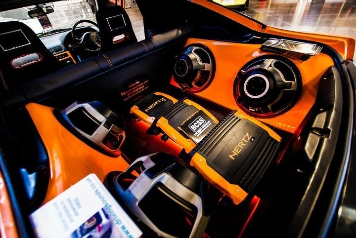 90 best images about alpine demo cars on pinterest amazing cars volkswagen and car volkswagen. Black Bedroom Furniture Sets. Home Design Ideas