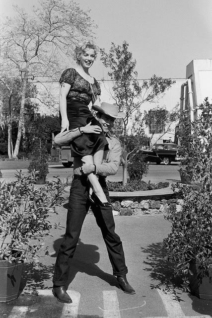 """Marilyn Monroe and Don Murray on the set of Bus Stop."""""""