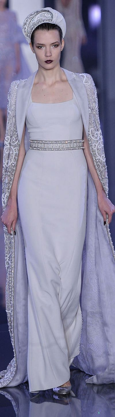 Ralph & Russo Fall 2014-2015 Couture Collection     jaglady. To see the source оf this item click on the picture. Please also visit my Etsy shop LarisaBоutique: www.etsy.com/shop/LarisaBoutique Thanks!