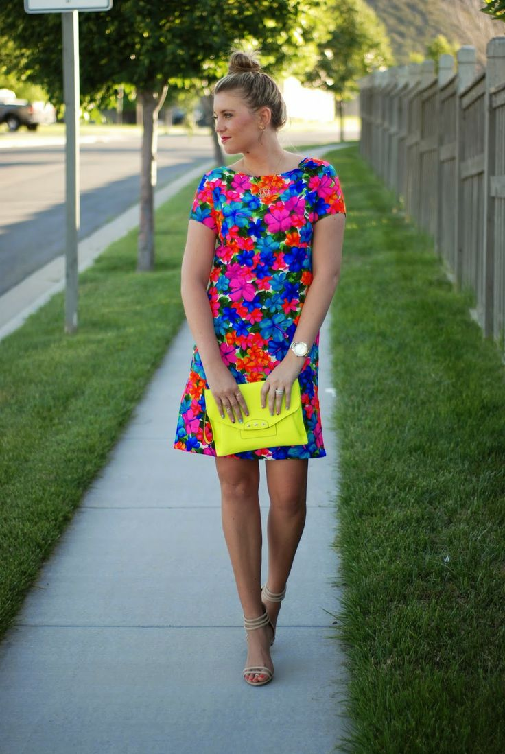 Neon floral Ladygirl Vintage dress, neon clutch and nude heels. Great and bright summer outfit from The Red Closet Diary fashion blog.