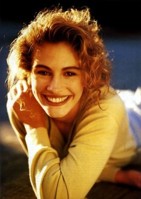 Young Julia Roberts- sweet and lovely