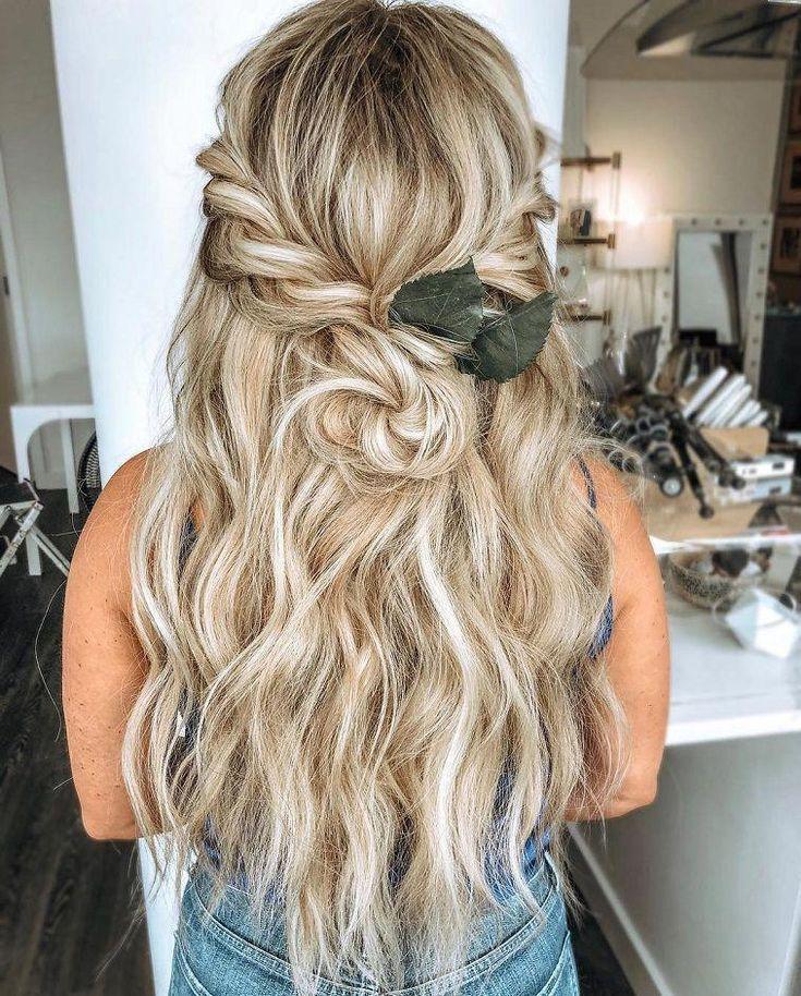 Beautiful Half up Half down Wedding Hairstyle Ideas,braided half up half down hairstyles,boho wedding hairstyles,bohemian wedding hairstyles, textured