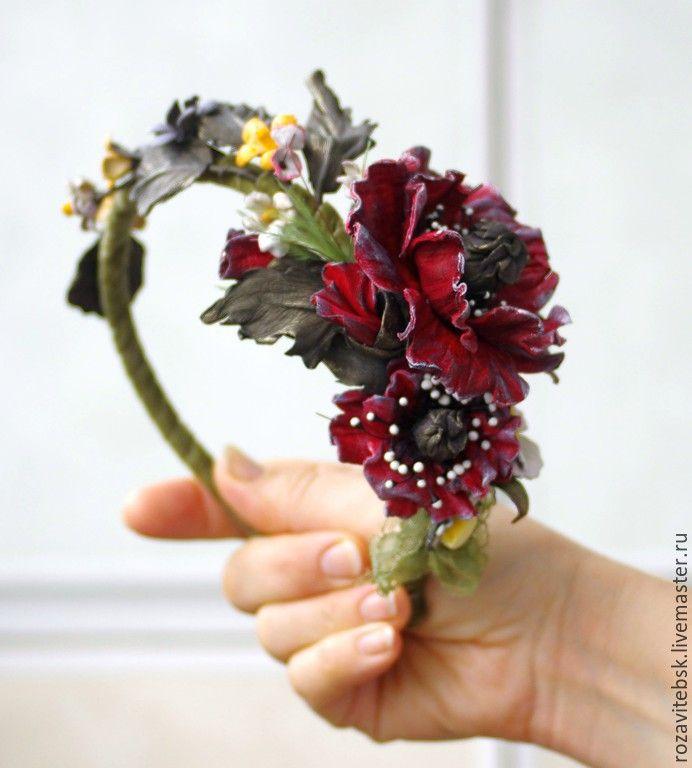 "Обруч из натуральной кожи ""Маки"" / Hoop made of genuine leather ""Poppies"" #leather #poppies #handmade #маки #ручнаяработа #summer #лето #кожа"