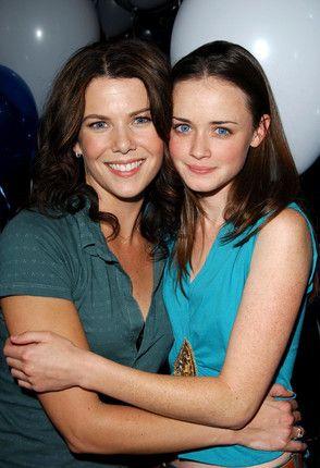 Lauren Graham and Alexis Bledel Reuniting for Gilmore Girls Anniversary | Vanity Fair