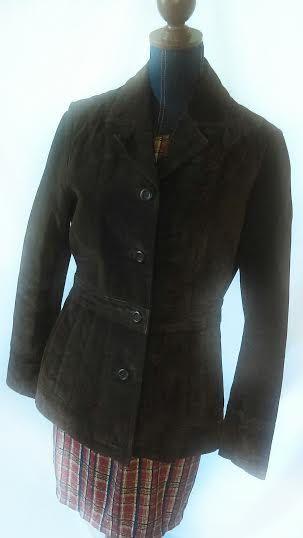 Vintage Wilson leather Jacket.  Size medium.  leather jacket. Great conditions jacket. Can be worn every season. brown jacket.  lady jacket. by GenesisVintageShop on Etsy