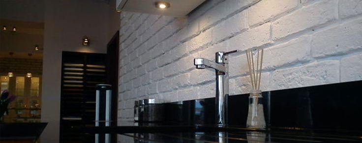 Stara cegła dekoracyjna na ścianę, podłogowa, biała, schodowa, parapetowa, tarasowa, płyty betonowe i ceglane - Elkamino Dom
