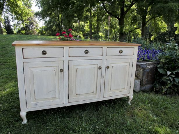 90 best images about painted sideboards and buffet tables for Painted buffet sideboard