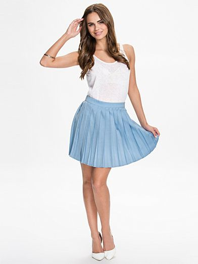 Pleated Midi Skirt - Glamorous - Light Blue - Kjolar - Kläder - Kvinna - Nelly.com