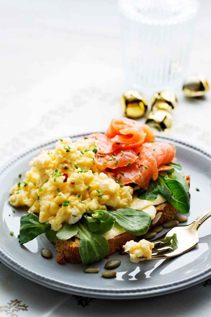 Smörgås med lax och äggröra | Kostdoktorn