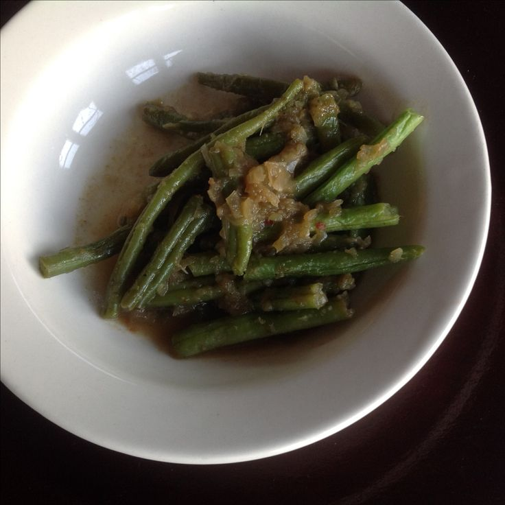 Tumis buncis, green beans wih spices.