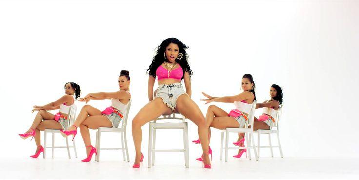 """Nicki Minaj deu o que falar no vídeo do seu single """"Anaconda"""", com um erotismo, digamos, exacerbado."""