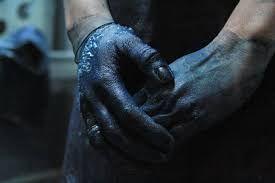 hands indigo artist Celia Geraedts