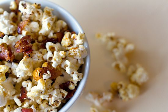 GAME DAY RECIPES: Maple-Bacon Kettle Corn | via Brown Eyed Baker