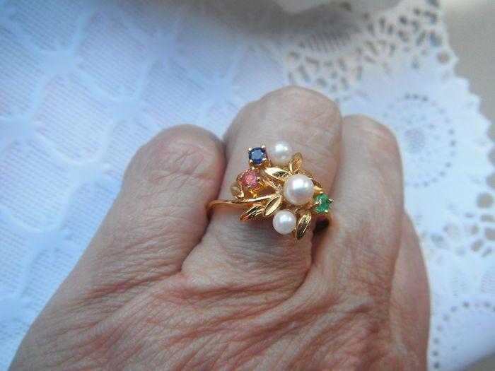 Antieke gouden ring met echte Parels , Amethist, Saffier en Smaragd