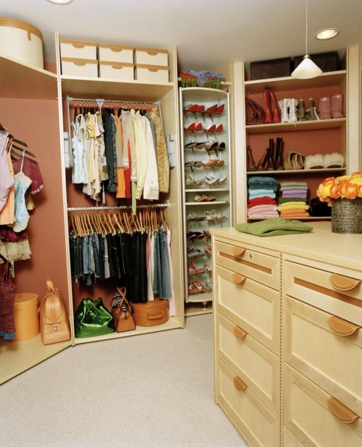 best fully organized walk in wardrobe for