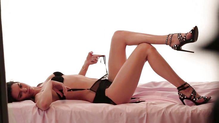 Kendall Jenner's Feet << wikiFeet