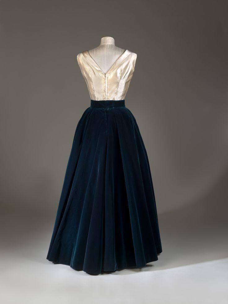 Evening dress, Norman Hartnell, 1950