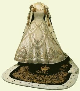 Coronation Dress and Robe, 1953, Made for HM The Queen. By Sir Norman Hartnell (Dress); Royal School of Needlework (Robe)