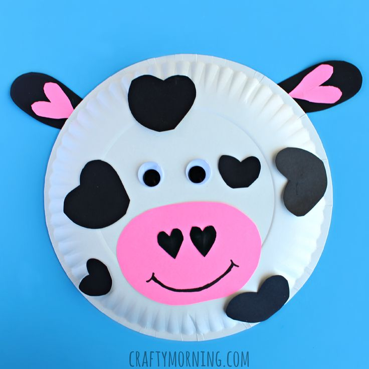 Make a paper plate cow for Valentines day! It's a fun heart shaped craft for kids to make.