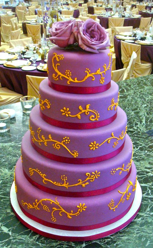 12 best Purple Wedding Cakes1 images on Pinterest | Conch fritters ...