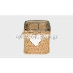 Διακοσμητική τετράγωνη γυάλα με λινάτσα και καρδια  Διάσταση: 7.5x7.8cm