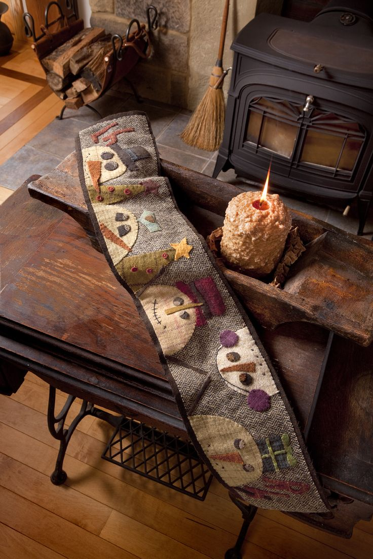 What a cute winter table runner!