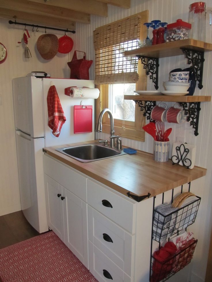 17 best ideas about small guest houses on pinterest for Small square kitchen designs