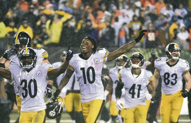 Jan. 9, 2016 — AFC Wild-Card Game: Steelers 18, Bengals 16 (Photo: Christopher Horner  |  Tribune-Review)