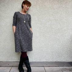 mein Silvester-Kleid nach bewährte Schnittmuster von rosa p aus ihrem Buch #einschnittvierstyles (über www.rosape.de)