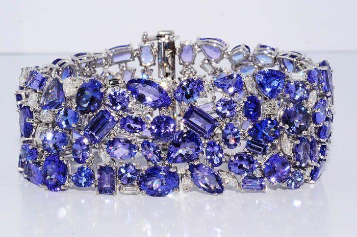 Fine Jewelry Womens 1/4 CT. T.W. Blue Tanzanite 14K Gold Bangle Bracelet MLaB0Z3eJC