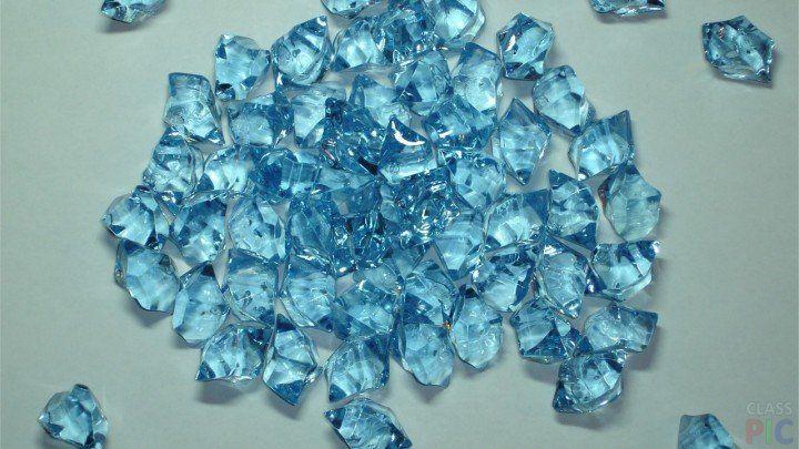 Голубой драгоценный камень