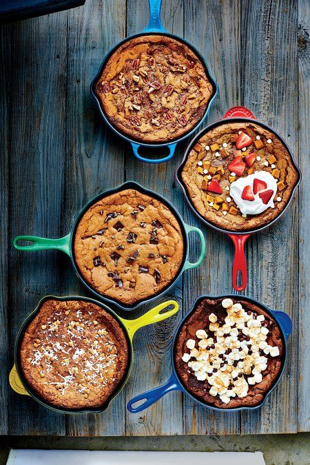 A spin off the classic Grasshopper pie, this skillet cookie combines bourbon and crème de menthe chocolate mints for a boozy, refreshing...