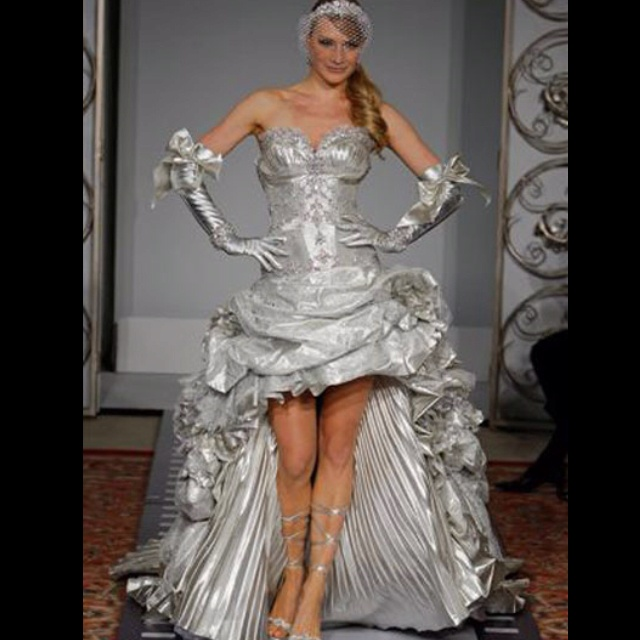 Silver Wedding Gowns: $34,000 Silver Pnina Wedding Dress. Tho Was The Runway