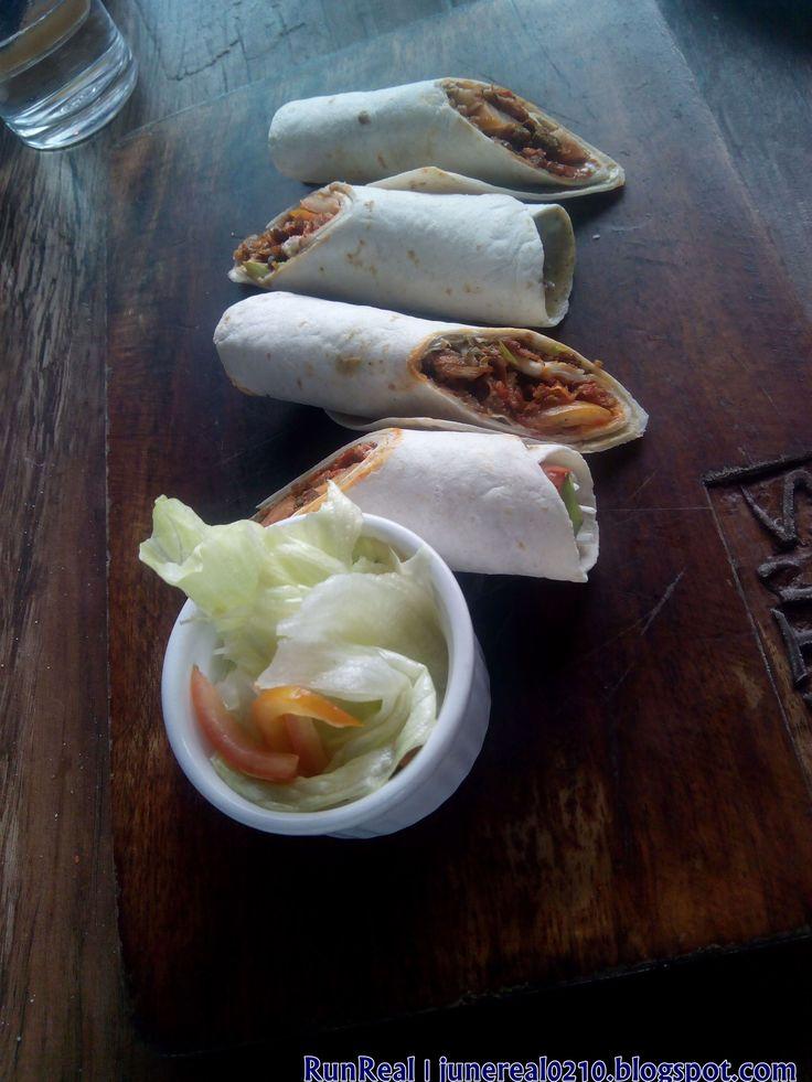 Crispy Pork Belly with Kimchi and Nori Cream Cream Cheese Spread http://junereal0210.blogspot.com/
