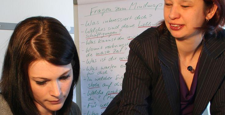Berufs-Coaching für Schüler - Das Cecilien-Gymnasium Düsseldorf verstanstaltet…