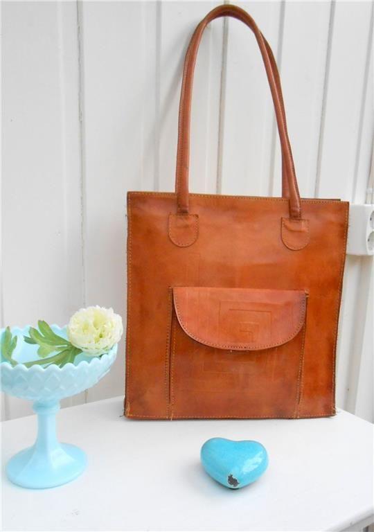 Vintage väska Läder på Tradera.com - Axelremsväskor i läder på Tradera.