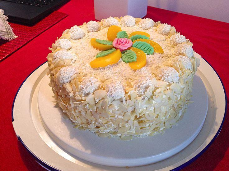 Pfirsich - Raffaello - Torte, ein sehr schönes Rezept aus der Kategorie Torten. Bewertungen: 16. Durchschnitt: Ø 4,2.