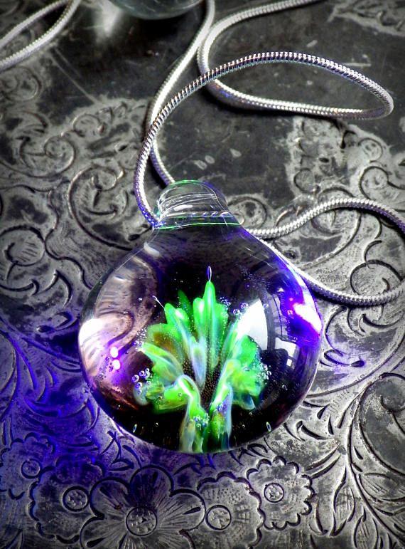Regenboog tint geblazen glazen bloem hanger UV-reactieve