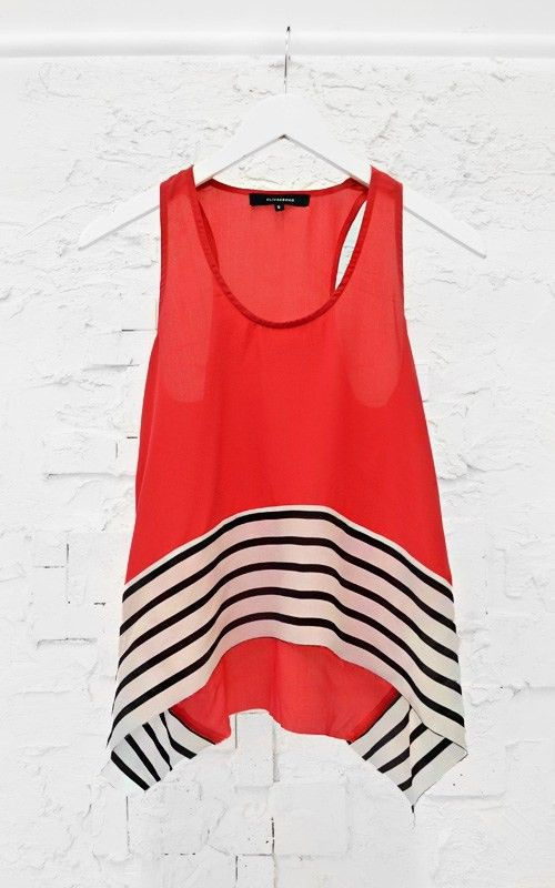 what a cool top! red tank + striped hem: Stripes Hemmings, Cute Tops, Black And White, Tanks Tops, Stripes Tanks, Stripes Bottoms, Pretty Tops, Red Tanks, Summer Tops