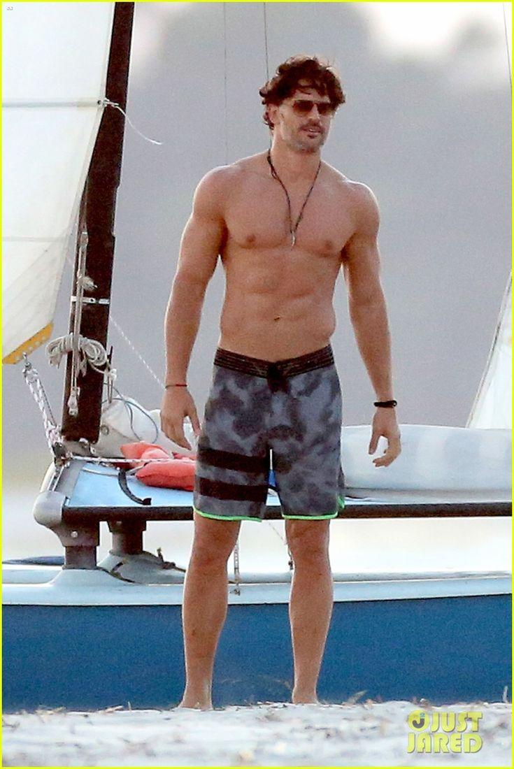 joe manganiello goes shirtless magic mike xxl beach scenes 02 Joe Manganiello's body looks insane while going shirtless on the beach to film scenes for Magic Mike XXL on Wednesday afternoon (October 8) in Savannah, Ga.   …