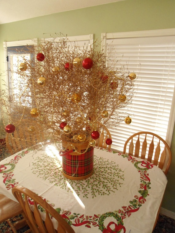 Tumbleweed centerpiece christmas tree