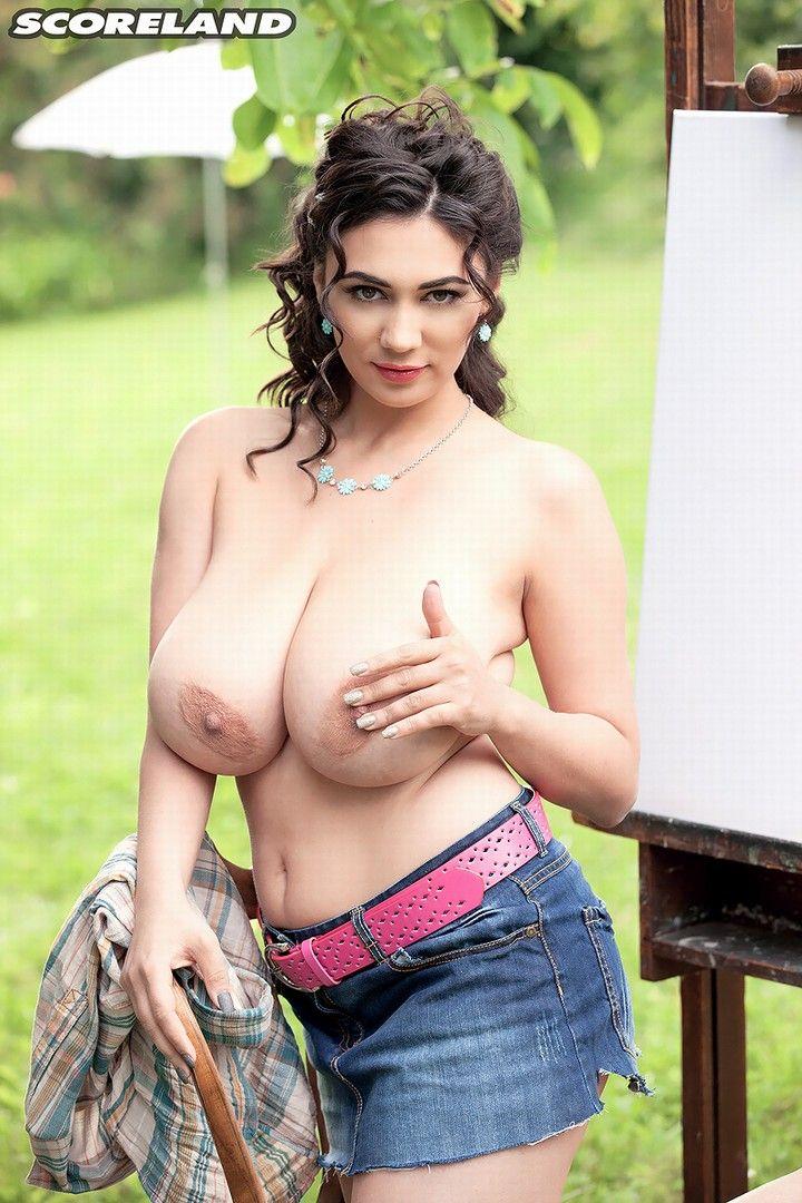 Curvaceous women porn