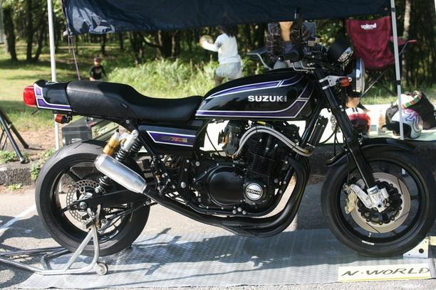 Suzuki GSX750E 80... one day mine will look like this!
