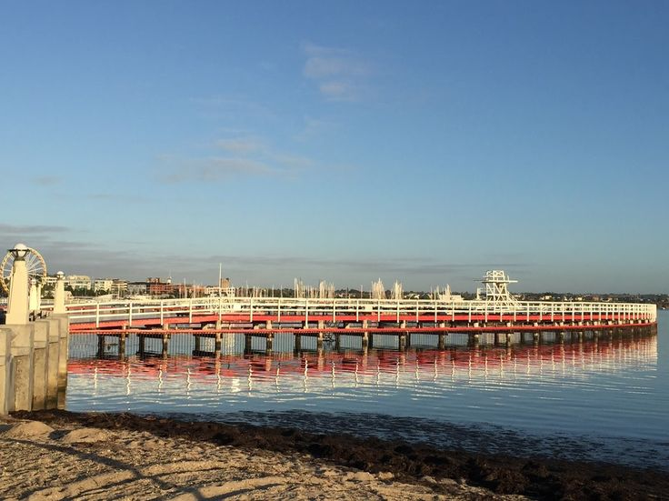 Early start to the day... Geelong Promenade, Eastern Beach