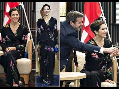 Wave hello to this awesome video! 👋 Princess Mary Wore Etro Floral-Print Silk Blouse and Pants on a Reception at Gajoen Hotel in Tokyo https://youtube.com/watch?v=ax3OtZu1LZA