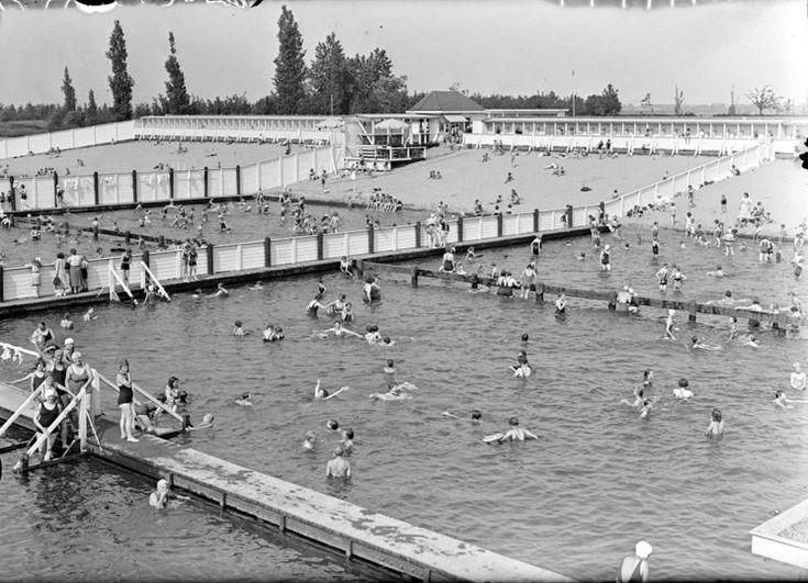 Den bosch zwembad de ijzeren vrouw in het park in 1938 for Zwembad s hertogenbosch