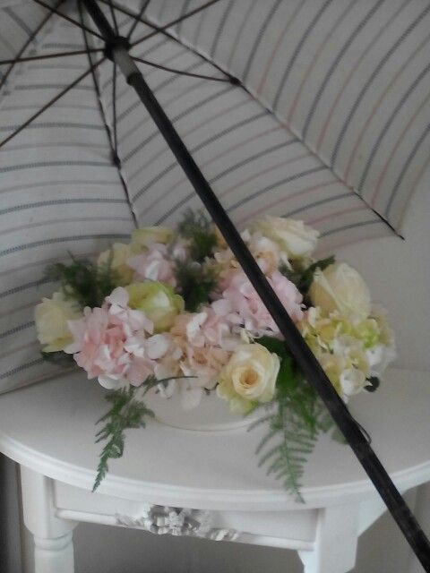 Een vloed van zomerregen.maakt een dak boven je hoofd tot ZEGEN!