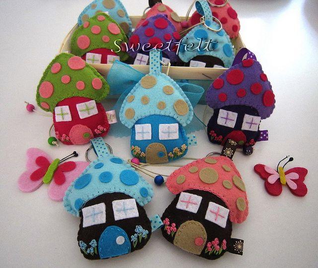 enchanted little felt houses