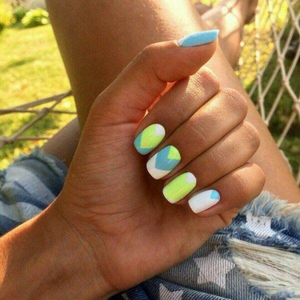 Геометрический дизайн ногтей, Комбинированный маникюр, Красивый летний маникюр, Летний маникюр на море, Маникюр в отпуск, Маникюр для лета, Маникюр лето 2016, Маникюр лето 2017
